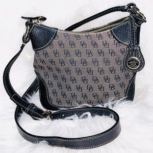 Authentic Dooney and bourke Crossbody purse